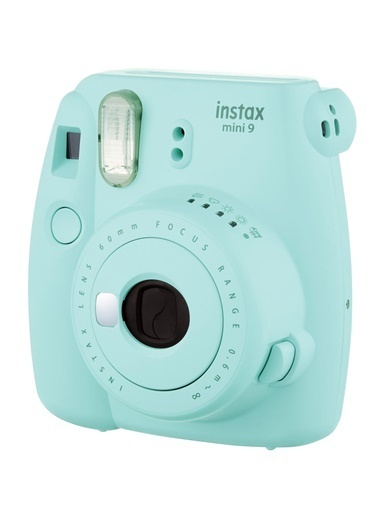 Fujifilm instax mini 9 Açik Mavi Fotograf Makinesi ve Mega Hediye Seti Renkli